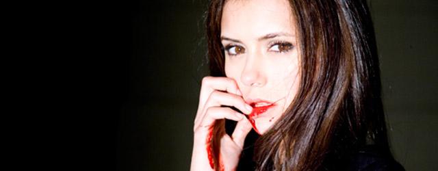 The Vampire Diaries: la madre di Nina Dobrev le insegna come girare le scene di sesso