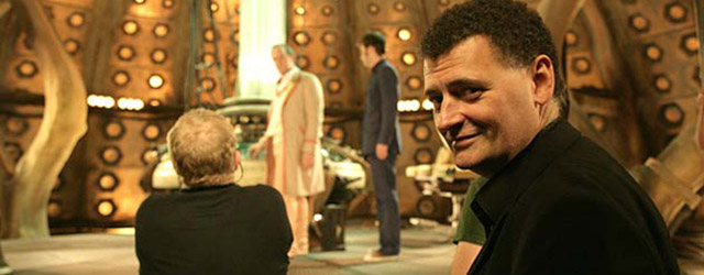 Steven Moffat critica Elementary, la serie americana su Sherlock Holmes