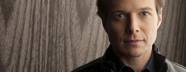 Scott Wolf nell'episodio pilota di Joey Dakota