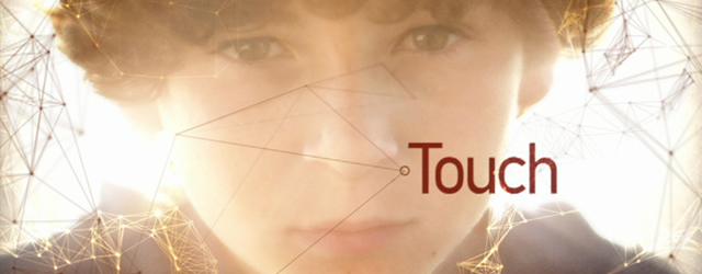 Touch, il trailer del serial con Kiefer Sutherland