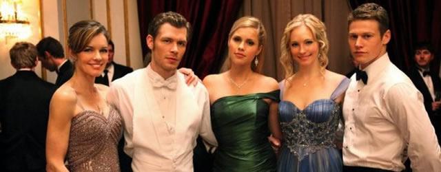 The Vampire Diaries: Phoebe Tonkin, Claire Holt e la passione per la palestra