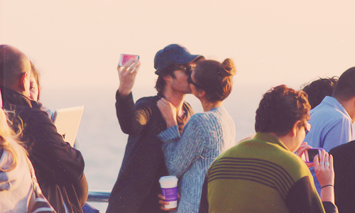 Ian e Nina S.Monica1 The Vampire Diaries: Ian Somerhalder e Nina Dobrev a Santa Monica per il weekend
