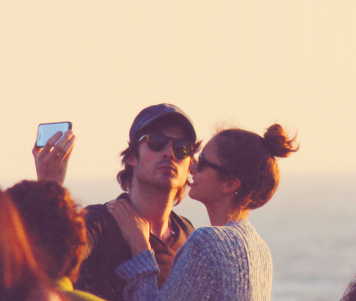 Ian e Nina S.Monica3 The Vampire Diaries: Ian Somerhalder e Nina Dobrev a Santa Monica per il weekend