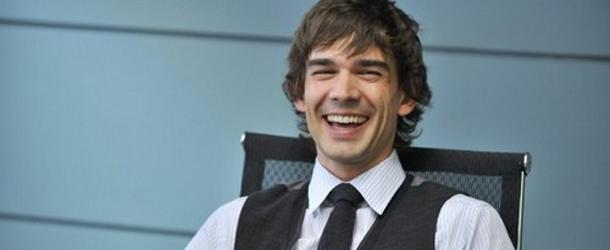 Covert Affairs: Christopher Gorham dirigerà un episodio della terza stagione