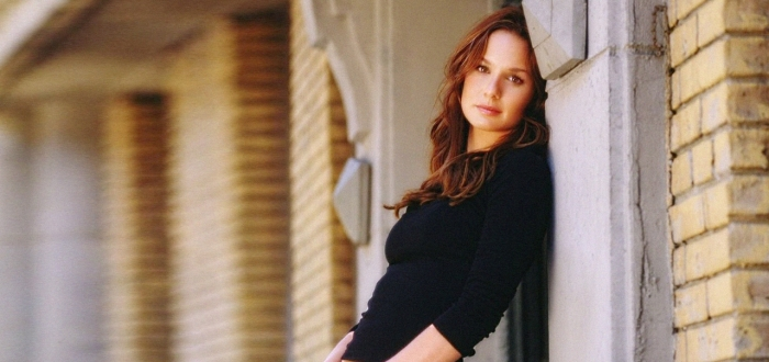 Colony: in arrivo Sarah Wayne Callies da The Walking Dead