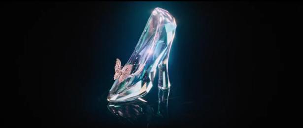 Cinderella: Sandy Powell reinventa la scarpetta nel film di Kenneth Branagh