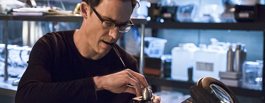 The Flash: Tom Cavanagh confermato regular nella terza stagione