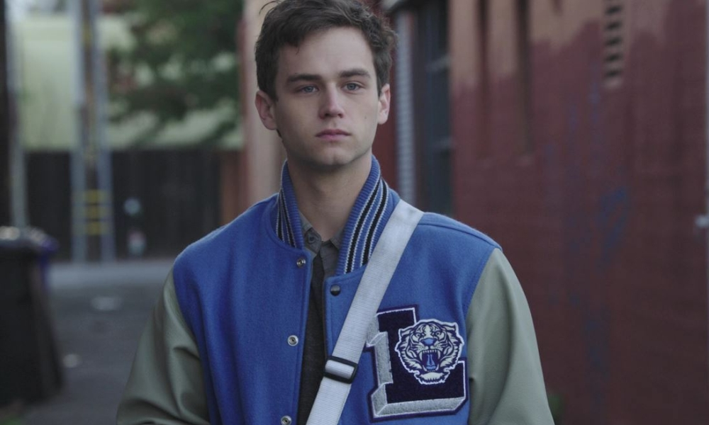 Brandon Flynn in 13 reasons why